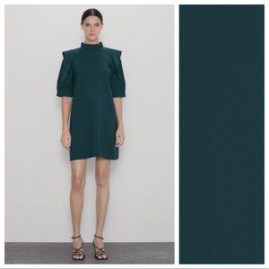 NWT. Zara Green Full Sleeve Mini Dress. Size L.